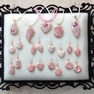 Shades of Pink ~ Pendant & Earring Sets
